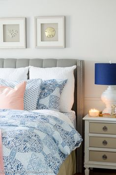 Perfect paint solution for renters! How to make white bedroom walls look gorgeous by using colorful bedding and home decor accents from HomeGoods (sponsored).