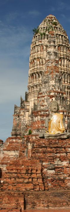 Wat Chaiwatthanaram (Thai: วัดไชยวัฒนาราม), Ayutthaya, Thailand