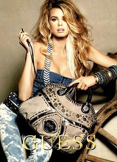 Guess-love the bag