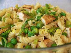 Těstovinový salát s kuřecím