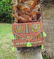 Banjara etnia tach Estilo Boho, Texture, Crafts, Hippie Purse, Latest Fashion Trends, Hippies, Clothing, Manualidades, Craft