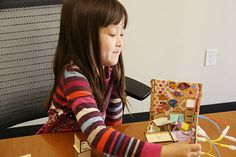 A new game encourages young kids to incorporate building, wiring and technology into their traditional playtime.
