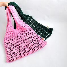 Návod na výrobu síťovky na nákup | Prima nápady Textiles, Crochet Projects, Crochet Top, Arts And Crafts, Tote Bag, Retro, Sewing, Knitting, Pattern