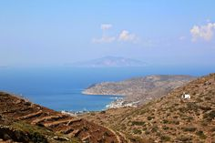Carnet de voyage en Grèce : les Cyclades en Catamaran Paros, Catamaran, Grand Canyon, Greek, Wanderlust, Mountains, Water, Travel, Outdoor