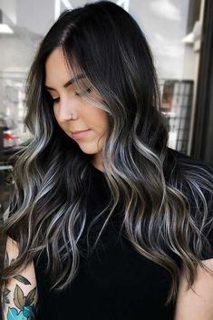 Silver On Black ❤ Fancy accentuating your hair color with partial highlights? Your color guide is here! Check out the iconic color combos: blonde highlights for brunettes, caramel hues for natural looks, and face-framing hone Brown Hair Balayage, Brown Blonde Hair, Black Balayage, Blonde Peekaboos, Dark Brunette Hair, Blonde Balayage, Hair Color For Black Hair, Cool Hair Color, Black And Silver Hair