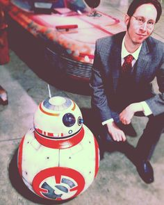 This little guy is looking for someone named Poe ?  #starwars  #selfie  #ootd  #maytheforcebewithyou  #maythe4thbewithyou  #starwarsday  #bb8  #fromwhereistand  #vintage  #film  #suit  #scifi  #vintage  #photooftheday  #setlife  #fashion  #styles  #work  #robot #maythe4th