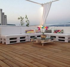 ehrfurchtiges gartenmobel aus paletten praktisch und elegant zugleich besonders bild oder ecfcceeafeb pallet ceiling pallet lounge