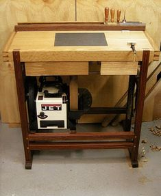 Free Plan: A Dedicated Sharpening Station (Free Plan) from Fine Woodworking