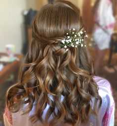 Bridal half up half down hair style by Melissa