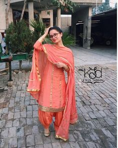 Best Trendy Outfits Part 4 Indian Suits, Indian Attire, Indian Dresses, Indian Wear, Indian Clothes, Pakistani Dresses, Punjabi Dress, Punjabi Suits, Salwar Suits