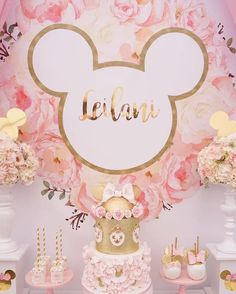 Floral Minnie Mouse Birthday Party on Kara's Party Ideas | KarasPartyIdeas.com (8) #minniemouse #karaspartyideas #1stbirthday #1stbirthdayparty #kidspartyideas #pinkminniemouse #girlpartyideas