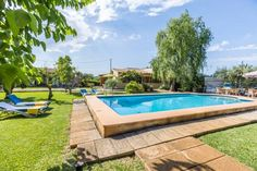 Can Bleo Pollen�a Located 48 km from Palma de Mallorca, Can Bleo offers accommodation in Pollen?a. You can relax by the seasonal outdoor pool in the garden in fair weather. Free private parking is available on site.