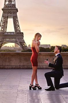 We help you find amazing romantic proposal ideas. Choose some romantic ideas here and create your own unique proposal with cute details. Romantic Proposal, Romantic Moments, Romantic Weddings, Most Romantic, Unique Weddings, Best Proposals, Wedding Proposals, Marriage Proposals, Proposal Pictures
