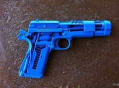 Printed 1911 Cutaway : plastic bullets don't fire, although the slide action probably works. 3d Printing Business, 3d Printing Diy, 3d Printing Service, 3d Printer Designs, 3d Printer Projects, Impression 3d, Useful 3d Prints, 3d Printing Machine, Prusa I3