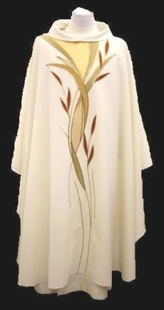 Maison Bouvrier - Recognized the world over for making the finest vestments available. - 983 Special Golds