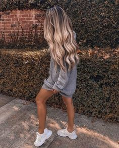 Shop our online store for Brown hair wigs for women.Brown Wig Lace Frontal Hair Lace Front Ponytail Wig With Bangs From Our Wigs Shops,Buy The Wig Now With Big Discount. Frontal Hairstyles, Wig Hairstyles, Vetements Shoes, Ponytail Wig, Blonde Ponytail, Beauté Blonde, Real Hair Wigs, Wigs With Bangs, Hair Looks