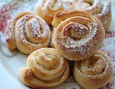 Girelle con marmellata | ricetta danubio dolce: genuine, semplici e golose. Hanno come base l'impasto del danubio che si presta a farciture dolci o salate.