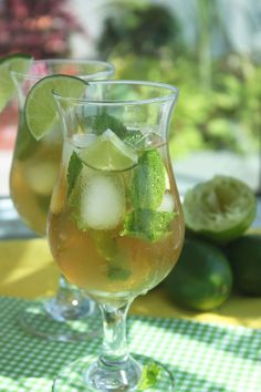 Mojito Ice Tea:  Two mint tea bags  8 cups of water  2 limes  10 drops liquid stevia *to taste  Bunch of mint  Ice cubes.