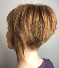 New Bob Haircuts 2019 & Bob Hairstyles 25 Bob Hair Trends for Women - Hairstyles Trends Pixie Bob Haircut, Choppy Bob Hairstyles, Bob Hairstyles For Fine Hair, Short Hair With Layers, Layered Hair, Short Hair Cuts, Short Hair Styles, Hair Dos, New Hair