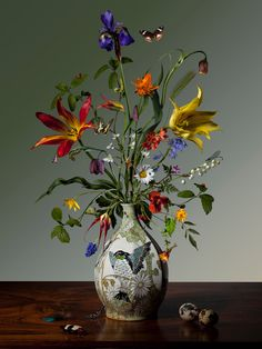 Friday inspiration from young Dutch artist whose photographic flower pieces are featured in pick, 'Flowers: Art & Bouquets' published by Watch our Stories to see more of his work and shop the book. Photographed by Bas Meeuws. Beautiful Flower Arrangements, Floral Arrangements, Beautiful Flowers, Exotic Flowers, Purple Flowers, Art Floral, Ikebana, Flower Vases, Flower Art