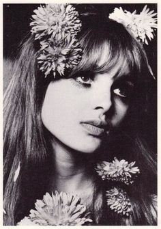 Maddie Smith, 1967. She had a part-time job working as a shop girl in BIBA, and also did some modeling for them, appearing in the first BIBA catalog. She was photographed by Donald Silverstein.