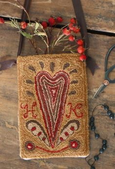 Hannah Keating's Heart - Hanging Pocket PATTERN