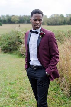Burgundy and Black Suit for a Stylish Modern Groom, ranunculus boutonniere, blush and burgundy wedding flowers, Wildflowers LLC, Mandy Liz Photography, Lilac and Lemon Photography, Iriswoods