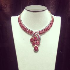 #ruby #necklace #jewellery #jeweler #diamonds #handcrafted #madeinmyanmar #masterpiece #richgems