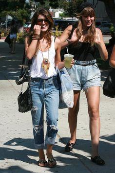 Shenae Grimes Oversized Pendant Necklace - Shenae Grimes Jewelry Looks - StyleBistro 90210 Fashion, Girl Fashion, Fashion Outfits, Womens Fashion, Celebrity Outfits, Celebrity Style, Summer Outfits, Cute Outfits, Cold Weather Fashion