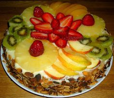 Génoise à la crème pâtissière et aux fruits