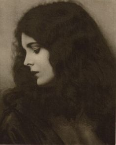 classykittenn: Mary Astor, 1920s