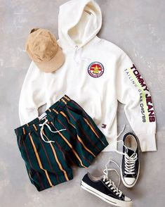 Shop Tommy Jeans Sailing Logo White Hoodie at Urban Outfitters today. Stylish Mens Outfits, Dope Outfits, Casual Outfits, Men Casual, Fashion Outfits, Summer Shorts Outfits, Hype Clothing, Mens Clothing Styles, Mode Streetwear