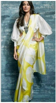 Indian Blouse Designs, Saree Jacket Designs, Saree Blouse Neck Designs, Saree Blouse Patterns, Fancy Blouse Designs, Designer Blouse Patterns, Stylish Blouse Design, Latest Design Of Blouse, Dress Designs