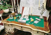 Dressing table - click to enlarge image (opens in a lightbox)
