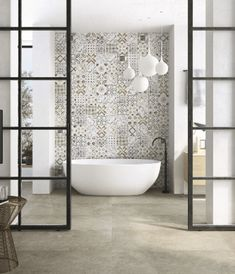 Bathroom Tiles Inspiration By Craven Dunnill for Fine Ceramic Tiles Kitchen Tile Inspiration, Bad Inspiration, Hexagone Tile, Home Design, Townhouse Interior, Parents Room, Toilet Room, Light Grey Walls, Bathroom Interior