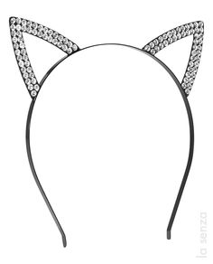 Embrace your playful side! Flirty wire-frame bunny ears headband with lace overlay. The perfect finishing touch. Diy Hair Accessories, Halloween Accessories, Bunny Ears Headband, Cute Headbands, 6th Birthday Parties, Animal Ears, Hat Hairstyles, Beauty Shop, Lace Overlay
