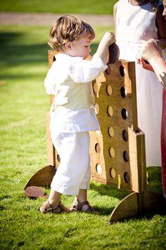 Garden Games | Rebecca & Ryan's Timelessly Elegant Wedding