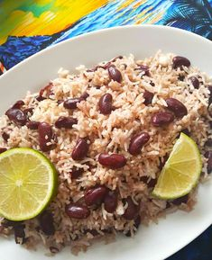 If you are looking for a recipe that utilizes coconut cream, then you found it. Make sure you are using real coconut cream and not the milk, otherwise JAMAICAN RICE AND PEAS Jamaican Coconut Rice, Jamaican Rice And Beans, Coconut Rice And Beans, Red Beans N Rice Recipe, Carribean Rice And Beans, Carribean Food, Caribbean Recipes, Caribbean Rice, Caribbean Party