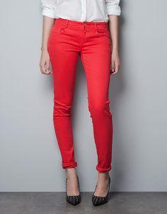 Skinny jeans in red via Zara