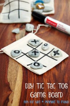 DIY Tic Tac Toe Game Board makes an easy travel game for kid and costs only pennies to make!