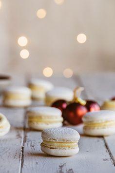 Hint of Vanilla: Cranberry & White Chocolate Macarons