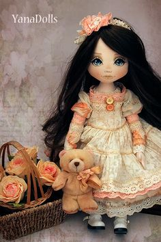 YanaDolls: октября 2013 Little Girl Toys, Toys For Girls, Little Girls, Pretty Dolls, Cute Dolls, Doll Toys, Baby Dolls, Fabric Dolls, Doll Face