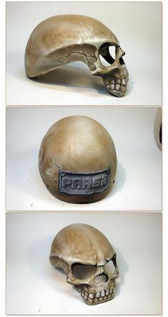 Motorcycle Helmets: Skull Motorcycle Helmet in Poland