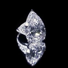 The Graff difference: Currently on display at Graff Hong Kong Jewellery exhibition, this mesmerising 38.13 carat D Flawless pear shape diamond is perfectly positioned in its bespoke mount so that light can reflect through it, amplifying its beautiful radiance. #GraffDiamonds #PearshapeDiamond #DFlawless #DiamondRing #FineJewellery