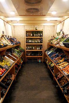Bulk Store, Mini Store, Grocery Store, Supermarket Design, Retail Store Design, Farmers Market Display, Farmers Market Recipes, Mobile Food Pantry, Fruit And Veg Shop