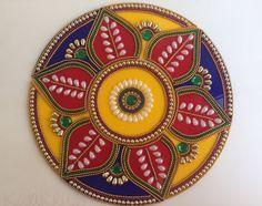 Indian bollywood Rangoli colorful Rangoli Kundan by Kalakruti Small Rangoli, Flower Rangoli, Thali Decoration Ideas, Acrylic Rangoli, Diwali Decorations At Home, Cd Art, Beautiful Rangoli Designs, Newspaper Crafts, Dot Art Painting