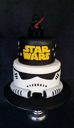 Star Wars Stormtrooper Cake | Skye's Delights | Flickr Bolo Star Wars, Star Wars Food, Star Wars Birthday Cake, 40th Birthday Cakes, 5th Birthday, Star Wars Wedding, Star Wars Party, Cupcakes, Cupcake Cakes