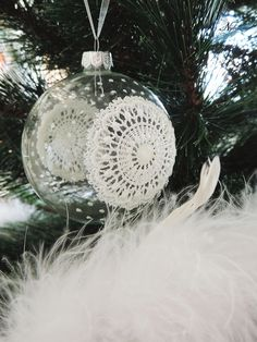 DIY Lace Christmas Ornament