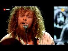Fantastic acoustic cover of Pink FLoyd's 'Breathe' by Marcel Veenendaal (lead singer of Dutch pop-group Di-Rect). Acoustic Covers, Pink Floyd, Marcel, Pop Group, Breathe, Films, Singer, Play, Hair Styles