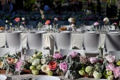 Peony Table Centrepiece / Anna & Andrew's Chic NYC Wedding / Photography by Meredeth Heuer (instagram: the_lane)